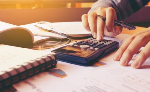 Calculating a comprehensive remuneration package